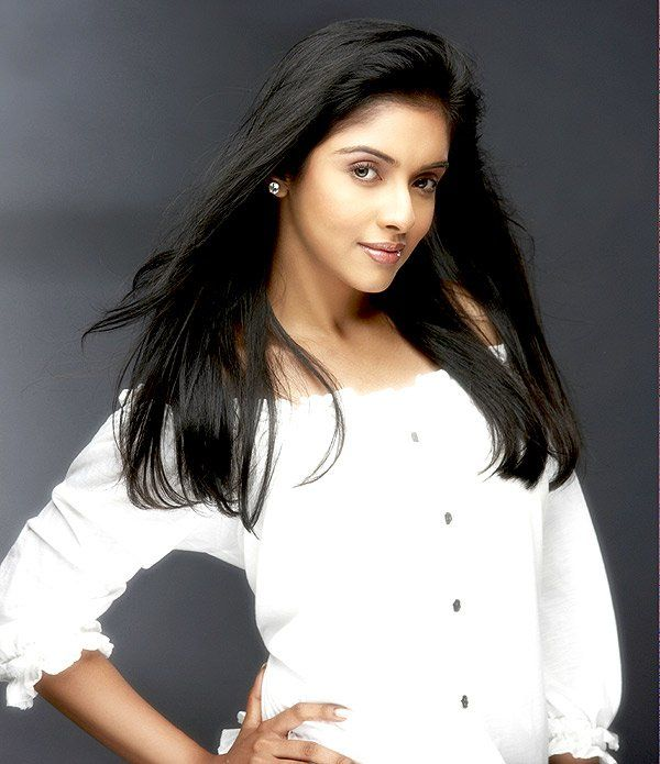 Asin Wallpapers  Hot Wallpapers  Cute and Loving Asin Wallpapers