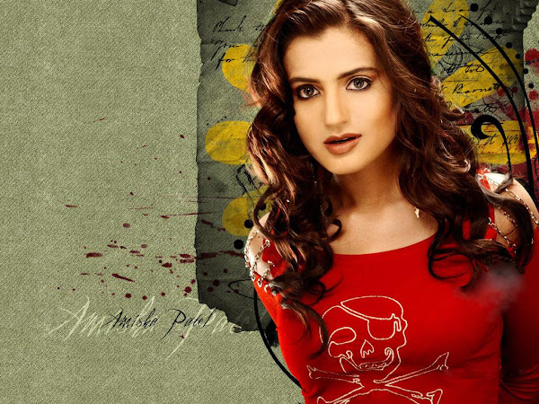 Amisha+Patel+Hot+Wallpaper+Very+Sexy.jpg+(13) Amisha Patel photo sexywomanpics.com