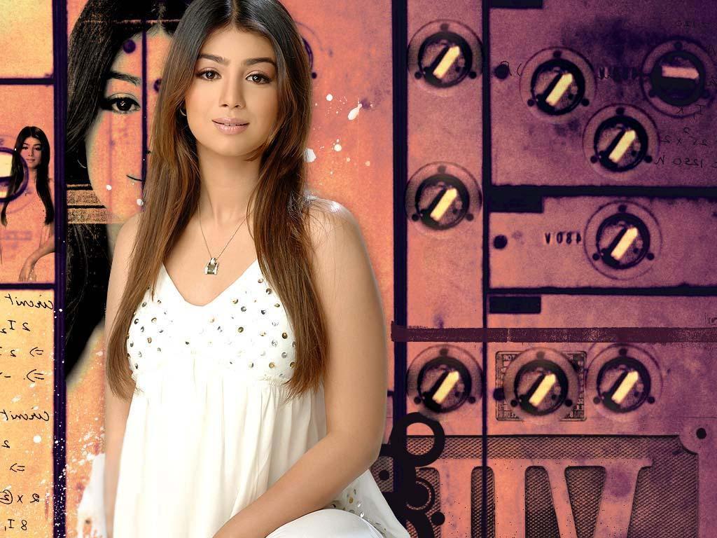 Ayesha Takia Hot Photos, Sexy Pics and Videos on WISHGLAM
