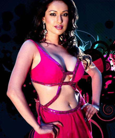 Madhuri Bhattacharya Hot sexy siren Photo Gallery