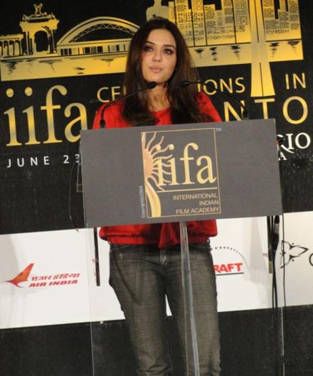 , Preity Zinta, Anil Kapoor at IIFA 2011 Toronto Launch