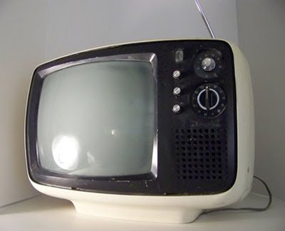 vintage-panasonic-retro-tv