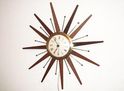 vintage-atomic-clock