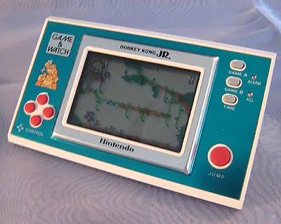 http://2.bp.blogspot.com/_TjQbHKV2Vuc/S7Pj9kbK8BI/AAAAAAAAA4Y/i4Lf4LFCbnM/vintage-game-and-watch.jpg