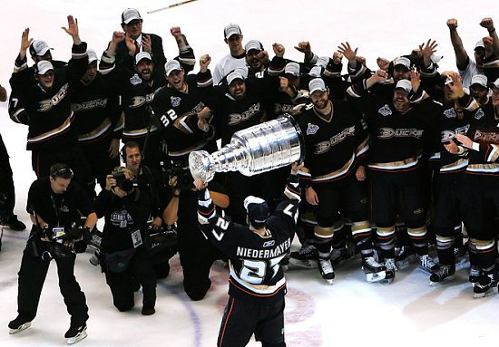 Ducks Win the Stanley Cup 2006-2007
