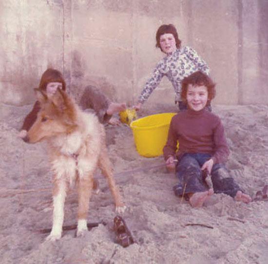 [1978-St-Clair-beach.jpg]