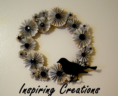 paper crafts for kids: paper fan-flower wreath