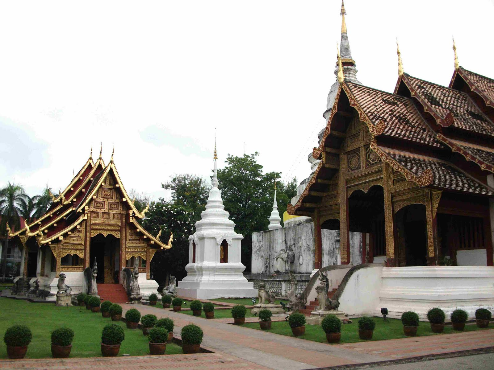pianomania: WATS THE BIG DEAL ABOUT CHIANG MAI?