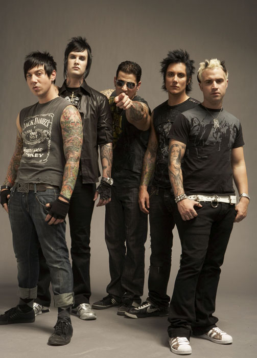 avenged sevenfold critical