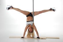 Gemini Handstand