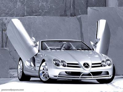 Poze cu masina Mercedes