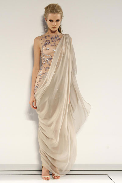 Le petite belle 2010 french designer haute couture for French couture brands