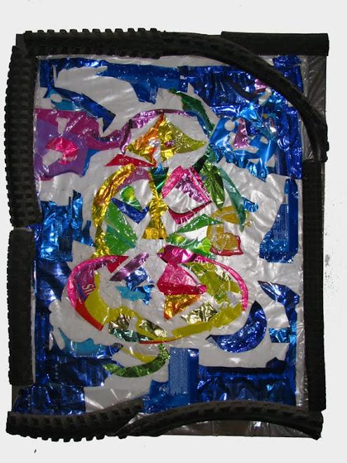 Cuadrito con plasticos cosidos