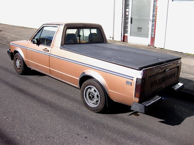 Old parked cars 1982 volkswagen rabbit lx pickup