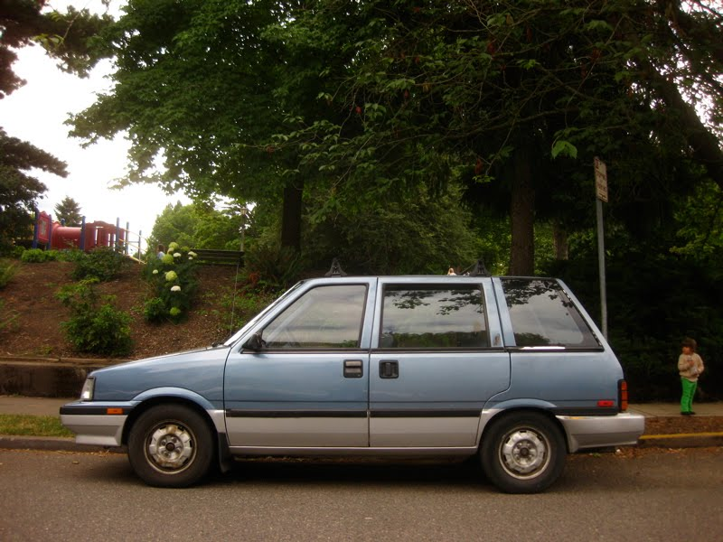 OLD PARKED CARS.: 1988 Nissan Stanza Wagovan.