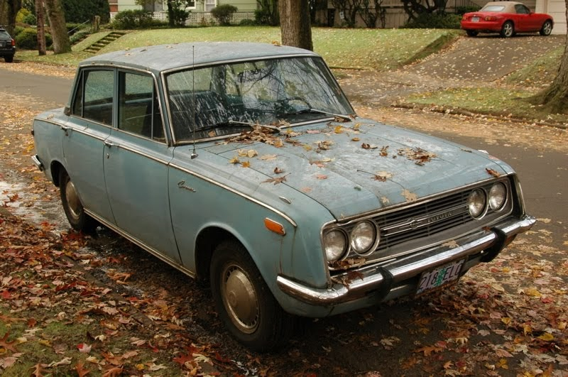 old parked cars 1968 toyota corona deluxe sedan. Black Bedroom Furniture Sets. Home Design Ideas