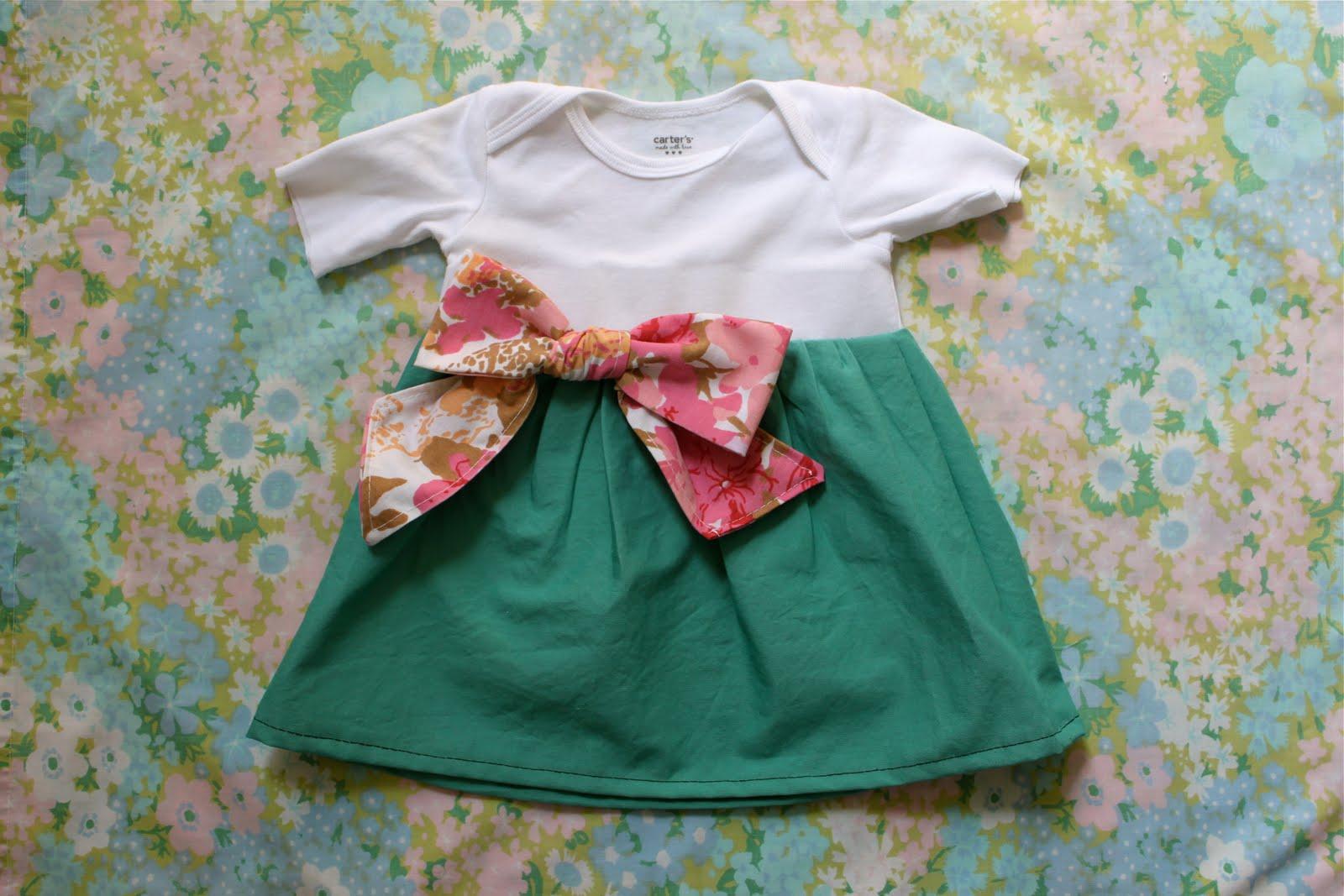 17 самых миленьких платьев для малышек со всего интернета, сшитых своими 50