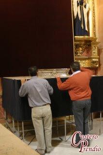 Comienza el montaje del altar de cultos del Prendimiento