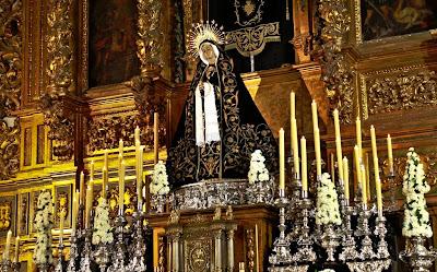 La Virgen de la Soledad presidirá el altar mayor de Santiago durante todo el mes de octubre