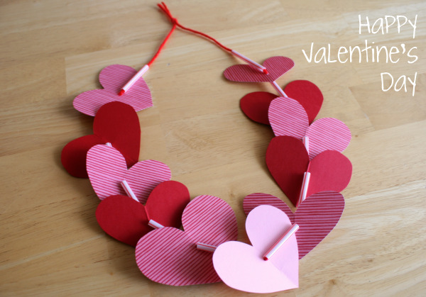 Preschool crafts for kids valentine 39 s day heart necklace for Valentines day toddler crafts