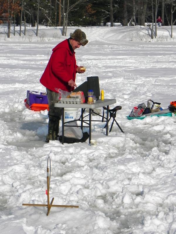 Actionshotsnh ice fishing tournament for Ice fishing tournament