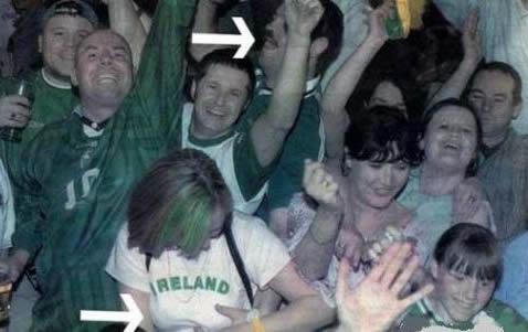 Lelaki Ini Raba Payudara Gadis Ketika Menonton Perlawanan Bola Sepak