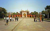 Sikandra- agra vacation- Travelling to india
