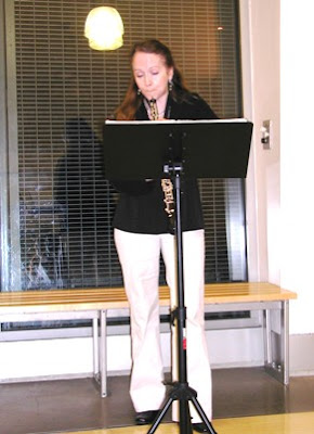 Laura Griffiths accompanies poetry