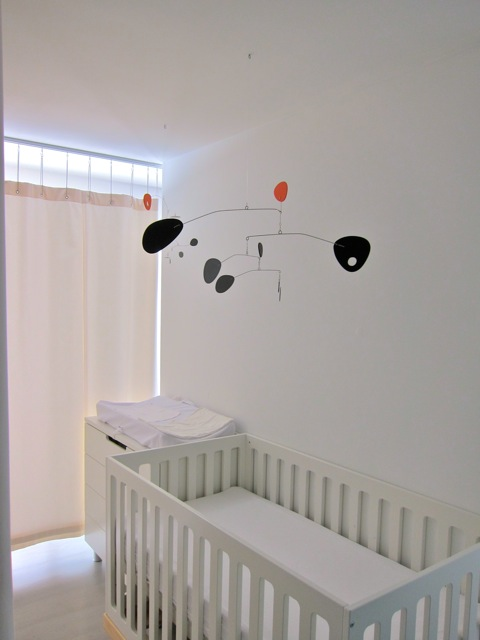 Frithmobiles modern art blog unique baby mobiles for for Unusual baby mobiles