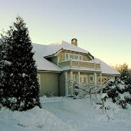 husen vårt i halden, fra 1989