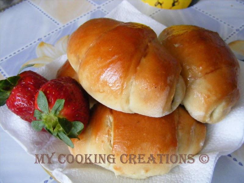 Cornetti di pasta brioche * Кроасани от паста бриош