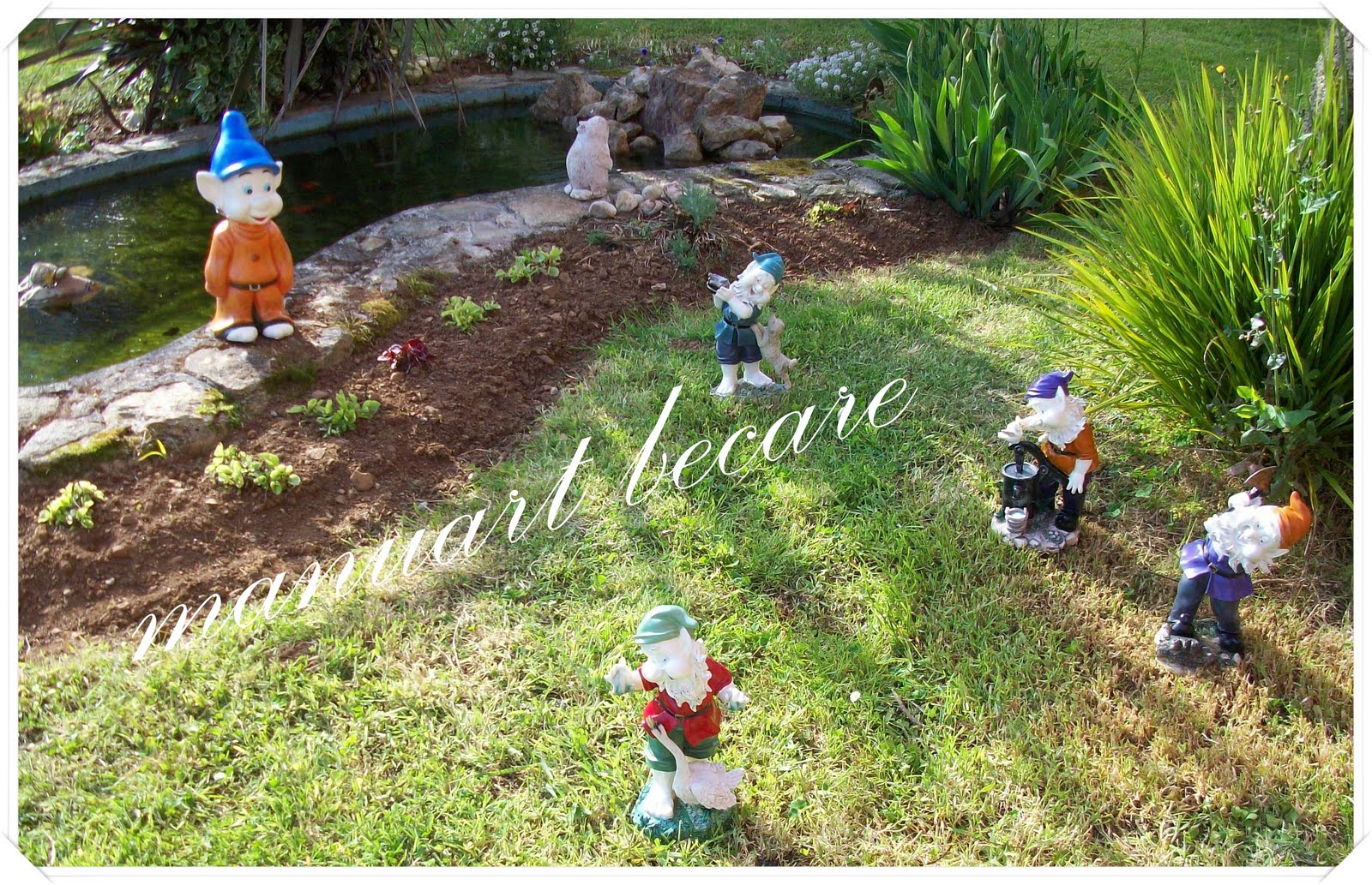 Manuart becare en mi jardin crecen los enanos for Enanos jardin