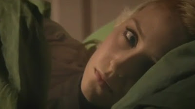 Lily Loveless and Kathryn Prescott, Naomi and emily skins season 4