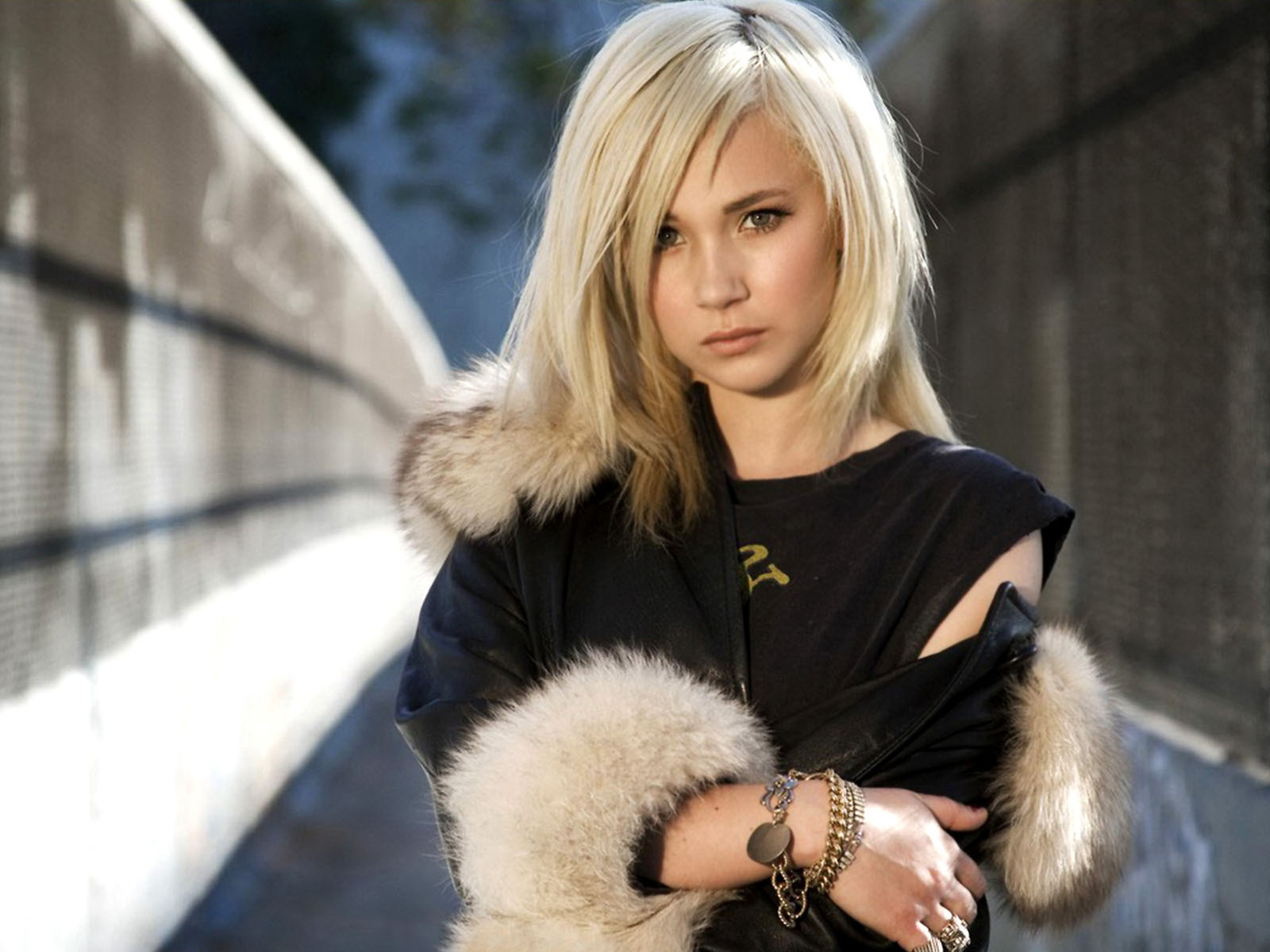 Juno Temple To Star In Jack & Diane