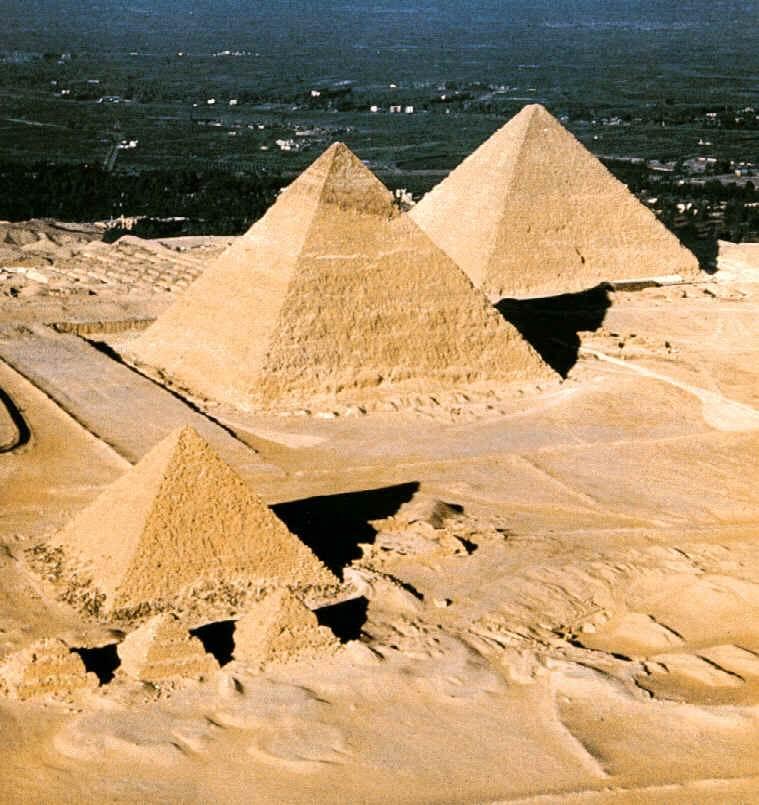 Pirâmides de Gize Pir%C3%A2mides+de+Giz%C3%A9