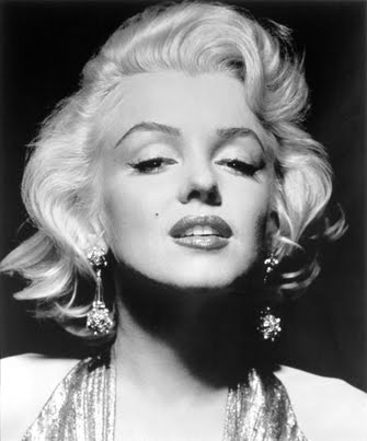Marilyn Monroe Face Silhouette Tattoo The queen of fabulousness,