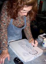 Dibujando la piedra litográfica