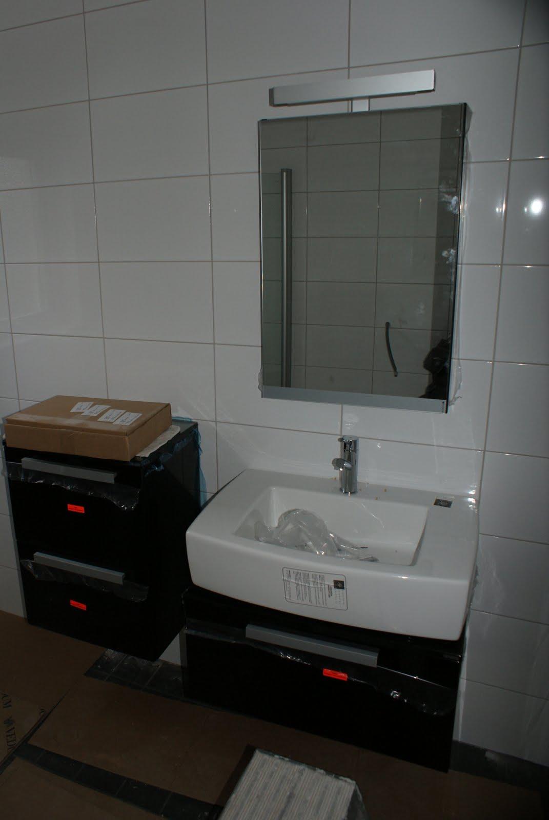 Lyckan: Fina lysknappar o badrum!