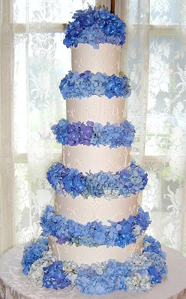 Royal Blue And White Wedding Cakes