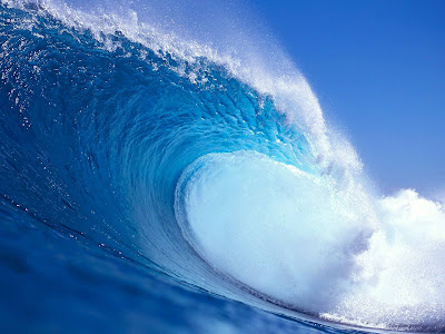 A Beautiful Nature Big Wave Wallpaper