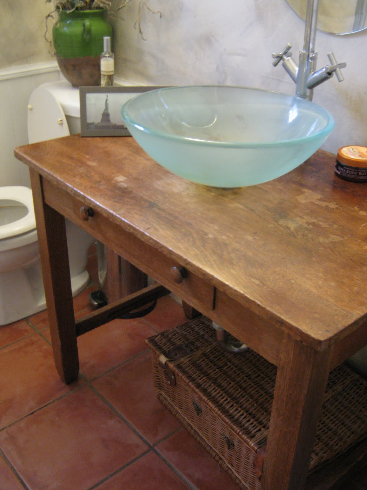 Antique Bathroom Vanity Vessel Sink