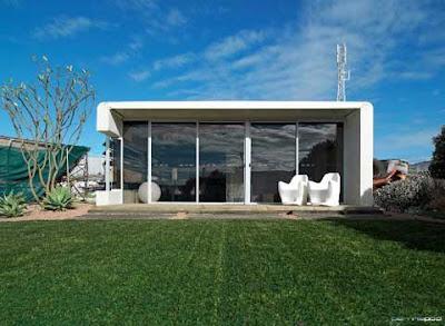 Modular home ultra modern modular home for Ultra modern modular homes