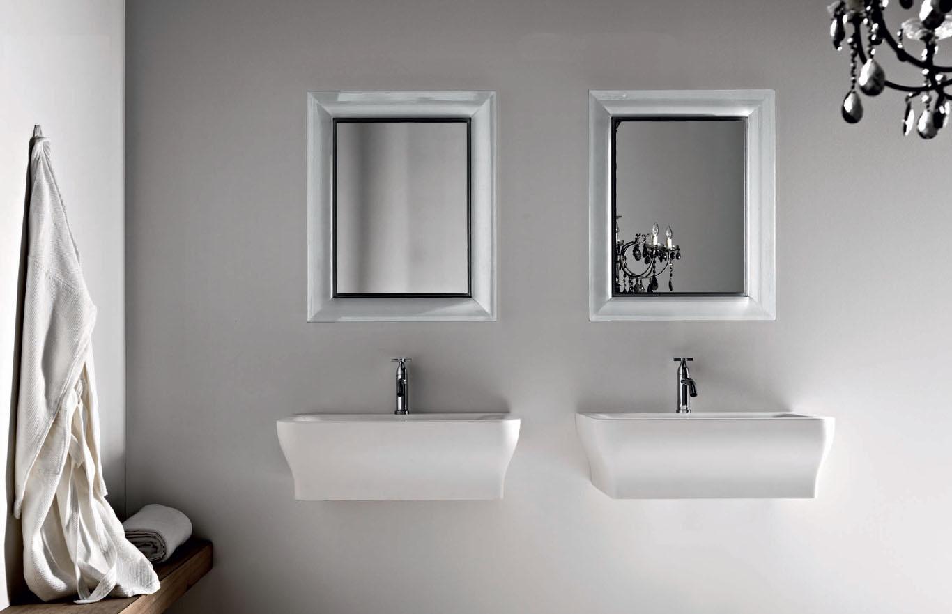 Wall Mirror by Kartell modern design by moderndesignorg