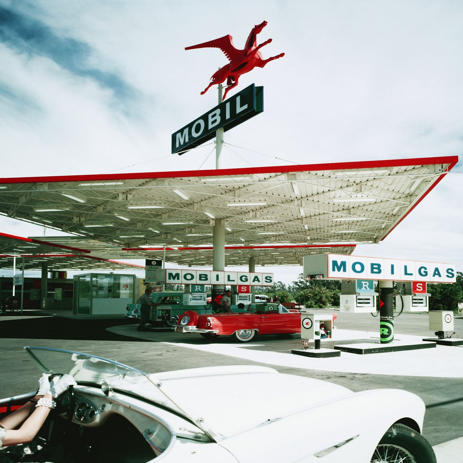 Gas station architecture modern design by for Architecture 1950