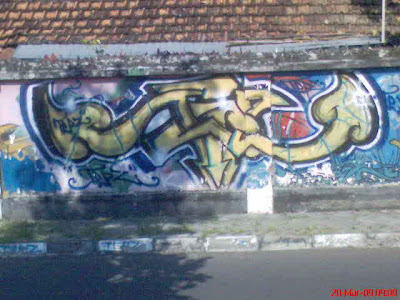 groovy graffiti image