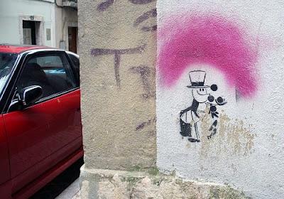 ant graffiti stencil