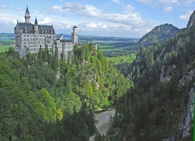 Neuschwanstein Castle Report 1.