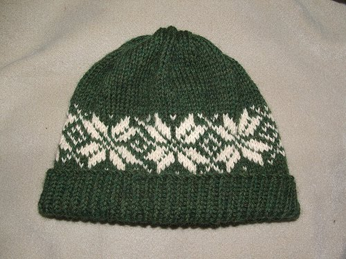 Nordic Knitting Patterns Free : Cascade Yarns Blog: Free Pattern - Norwegian Star Hat - Designed by Stephanie...