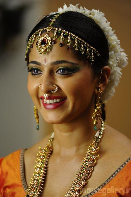 Anushka Shetty Nose Ring