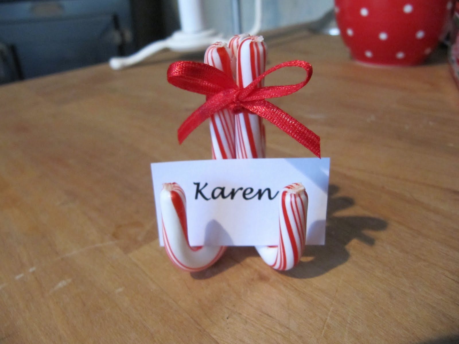 Sew many ways holiday place card update Christmas place setting ideas